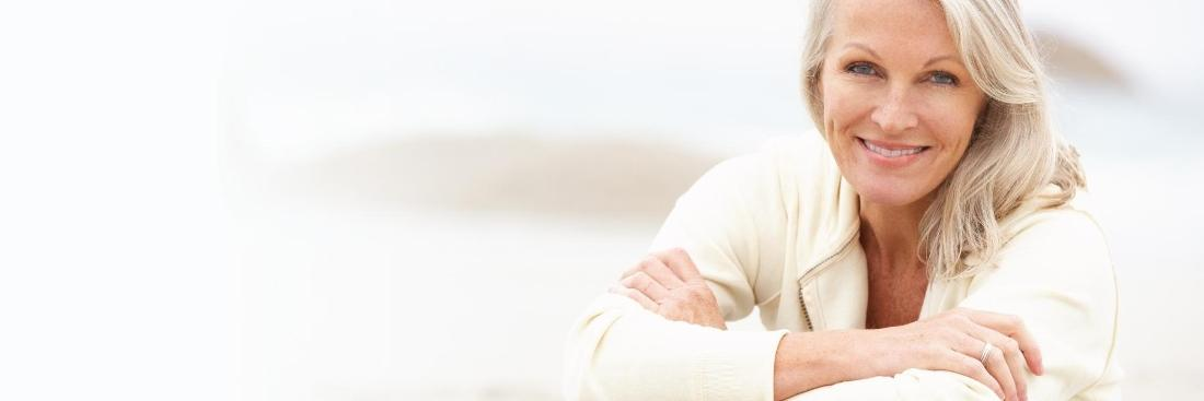 Older woman smiling | Dentist Toronto ON