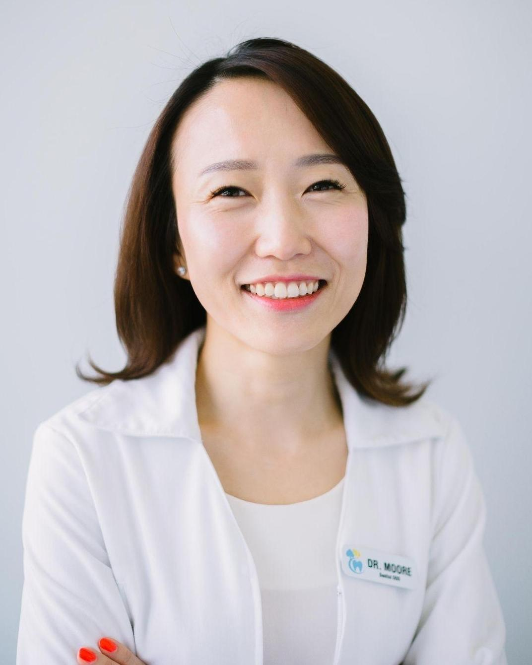 Dr. Ellie Moore , DDS | Dentist Toronto ON